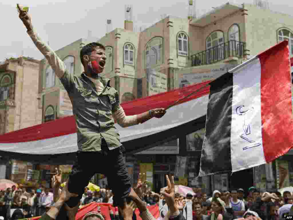 Yemeni demonstrators protest against the regime of President Ali Abdullah Saleh in Sanaa on March 17. Photo by Ahmad Gharabli for AFP