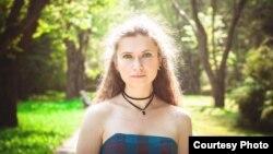 Юлія Шарова, музычны кіраўнік у адным зь дзіцячых садкоў Менску.