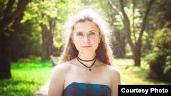 Юлія Шарова, музычны кіраўнік ў адным зь дзіцячых садкоў Менску.