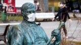 Yaltadaki Mihail Pugovkin abidesi, 2020 senesi martnıñ 30-ı