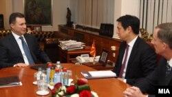 Средба на премиерот Никола Груевски со Хојт Брајан Ји во Скопје на 27 јануари 2014.