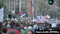 Protesters in Belgrade on April 5