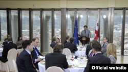 ევროკავშირის პოლიტიკისა და უსაფრთხოების კომიტეტის ელჩებსა და საქართველოს პრეზიდენტის შეხვედრა