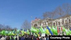 """Мітинг """"Фронту змін"""" у Севастополі 27 квітня 2011 року (фото Миколи Владзимирського)"""