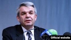 Николай Лозовик, председатель Центральной избирательной комиссии Беларуси.