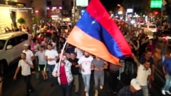 Armenians March In Support Of Armed Group