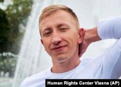 "Vital Shyshou had ""no reason"" to commit suicide, his girlfriend says."