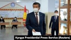 Президентът Сооронбай Джеенбеков