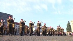Парад військових оркестрів відбувся у Чернігові (відео)