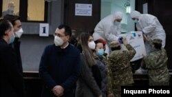 Momentul în care autoritățile române au primit primele doze de vaccin anti-Covid. Decembrie 2021.