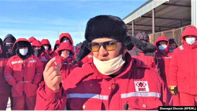 Ержан Еламанов был одним из рабочих, которые в январе объявили забастовку, требуя от руководства «КМК Мунай» удвоения заработной платы. Месторождение Кокжиде, Темирский район, Актюбинская область, 27 января 2021 года.