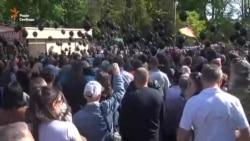Одеса: силовики продовжують не пускати людей на Куликове поле (відео)
