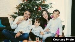 Razvan Pascu și familia sa