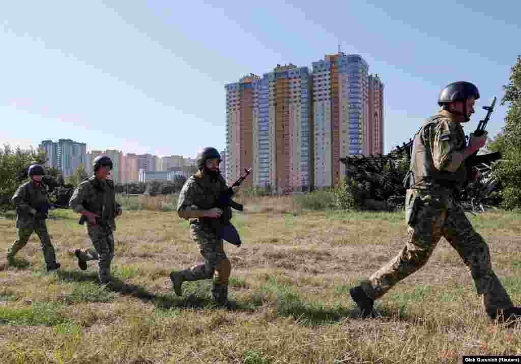 Резервісти практикували захист громадських будівель