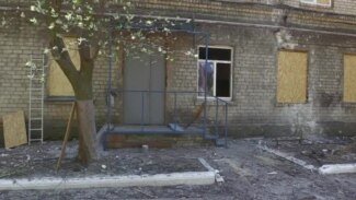 Ukrainian Hospital 'Fired On By Russia-Backed Forces' (CLEAN)