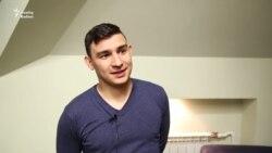 "Данир Сабиров: ""Өйдә татарча гына сөйләшәбез, әмма..."""