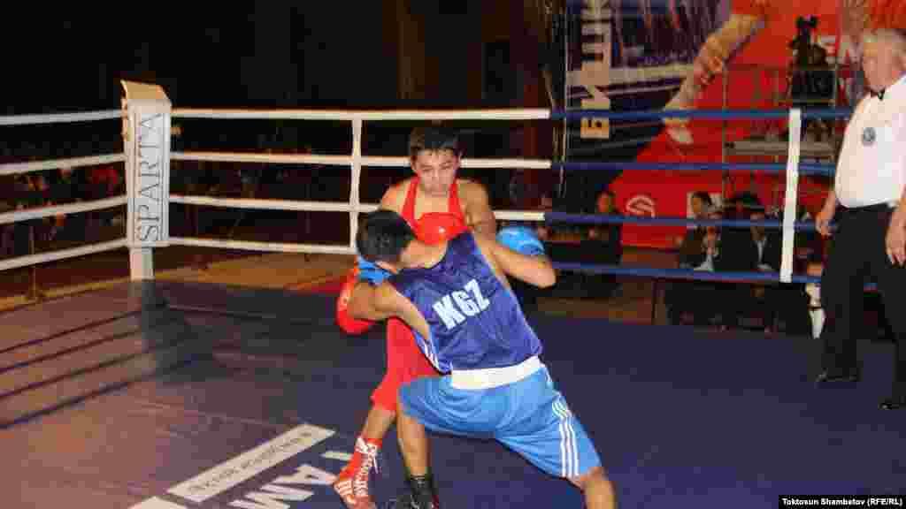 Быйылкы чемпионаттын жыйынтыгына жараша бокс боюнча өлкөнүн курама командасы тандалат.