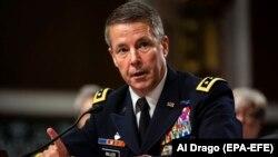 Gjenerali amerikan Austin Miller.