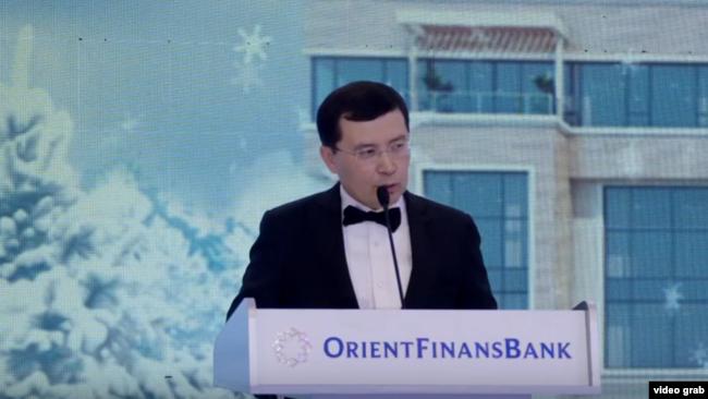 Сын генерала Батыра Парпиева, один из совладельцев «Ориент Финанс» банка Бабур Парпиев, является зятем другого могущественного генерала Рустама Иноятова.