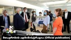 პრემიერ-მინისტრი გიორგი გახარია ლუგარის ლაბორატორიაში