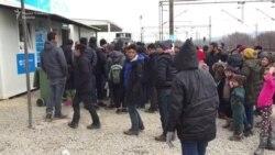 700 бегалци се уште заглавени на Табановце