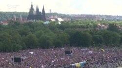 Cele mai mari proteste post-comuniste din Cehia