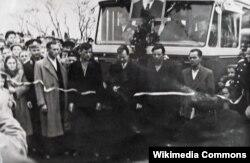 Открытие троллейбусной трассы Симферополь-Алушта в ноябре 1959 года. Фото из коллекции музея Алуштинского троллейбусного парка