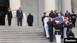 Церемония прощания с судьей Рут Бейдер Гинзбург в Капитолии.