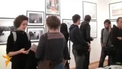 У Москві аукціон на підтримку фотографа Дениса Синякова, одного з арештованих у справі «Ґрінпіс»
