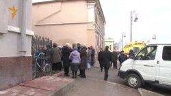Тюмень. Митинг памяти репрессированных во дворе НКВД