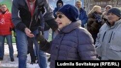 Ана Володина веќе 10 години е членка на опозициската партија Јаболко