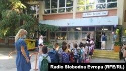 Скопје- прв ден во училиште со посебни протоколи поради пандемијата со ковид19