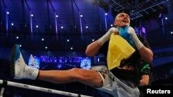 Боксер Олександр Усик після перемоги над Ентоні Джошуа в Лондоні, 26 вересня 2021 року
