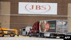 Мясоперерабатывающий комбинат JBS в Мичигане