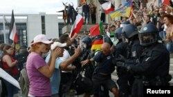جرمن چارواکو د مظاهرې اجازه نه وه ورکړې خو عدالت یې پرېکړه رد کړه
