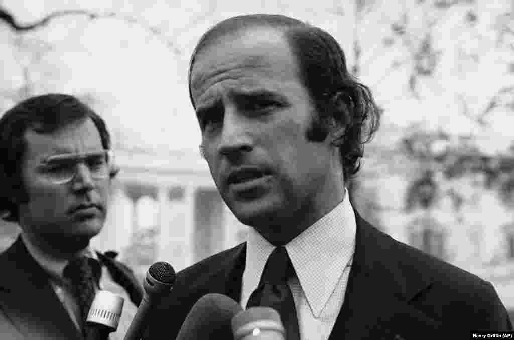 Joe Biden újonnan megválasztott szenátorként látható Washington DC-ben 1972-ben.