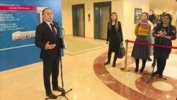 Назарбаев утвердил очередную версию алфавита. Чиновники это поддержали