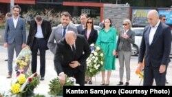 Delegacija Kantona Sarajevo na Spomen obilježju ubijenoj djeci opkoljenog Sarajeva 2. maja 2021.
