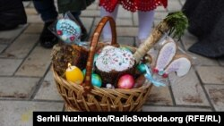 Ukraine -- Orthodox Easter in Kyiv