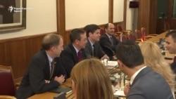 Вес Мичел на средба со македонски пратеници