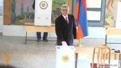 Серж Саргсян проголосовал «во имя будущего Армении»