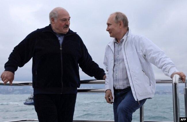 Владимир Путин и Александр Лукашенко в Сочи. 29 мая 2021 года