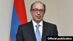 Հայաստանի ԱԳ նախարար Արա Այվազյան, արխիվ