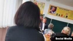 Фото, которое как утверждается, было сделано на встрече Исы Омуркулова с преподавателями.
