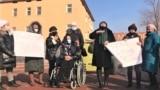 Женщины выступают против принятия законопроекта «О противодействии семейно-бытовому насилию». Туркестан, 19 января 2021 года.
