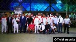 Таджикские спортсмены перед вылетом на олимпиаду в Токио