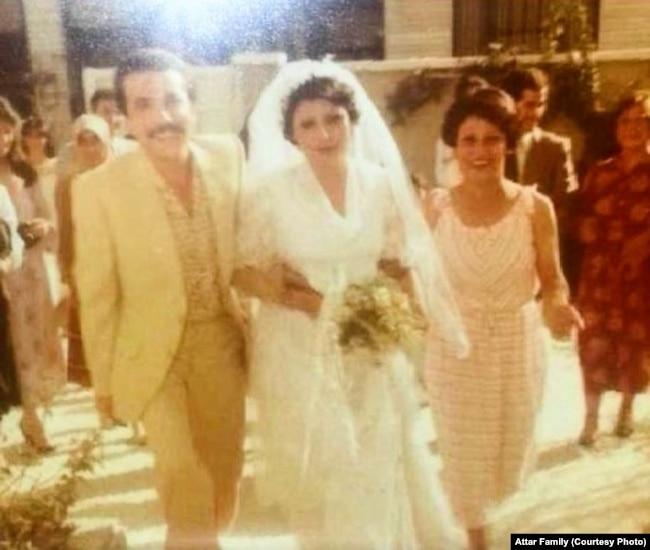 محمود عطار و همسرش در مراسم عروسی