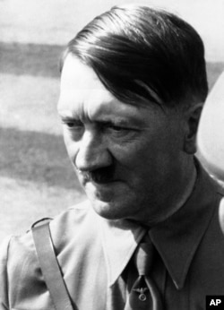 Адольф Гітлер, 1938 рік