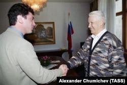 Борис Немцов като първи вицепремиер се среща с Борис Елцин в Сочи през 1997 г.