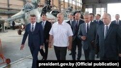 Олександр Лукашенко на заводі в Орші, 11 липня 2018 року